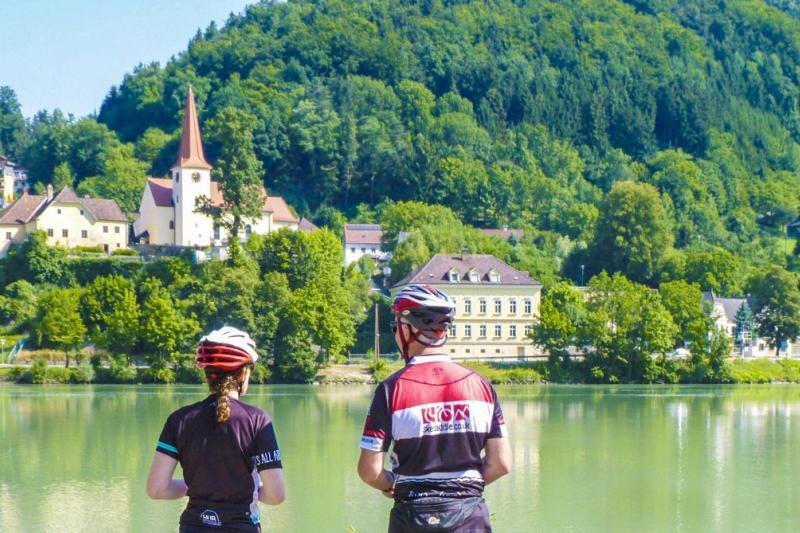 Passau – Viena, 384 km de puro ciclismo a orillas del Danubio